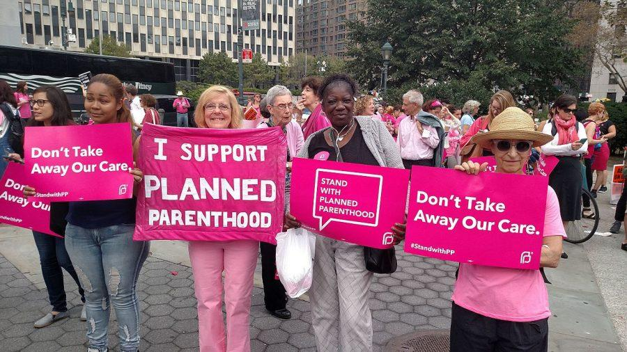7 Reasons Why Pro-Lifers Should Fight to Keep Planned Parenthood Funded